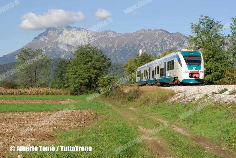 ALn501_007-MD007-lineaSacileGemona-Toppo-2006-10-08-TomeAlberto-wwwduegieditriceit-WEB
