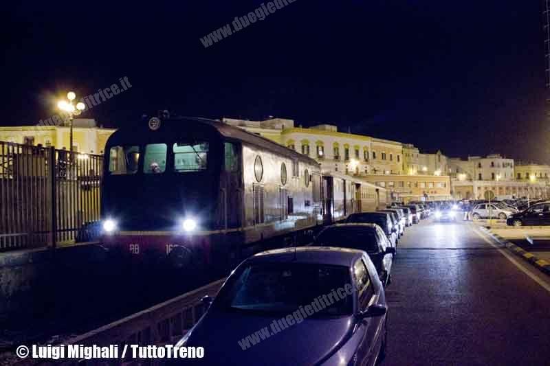 FSE-BB162+SalentoExpress+BB159-PortoGallipoli-TrenoStoricoDeiMisteri-2013-03-29-MighaliL-wwwduegieditriceit