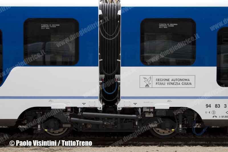 FVG-Etr_563-particolaredelcarrello-TriesteCle-2013-03-06-PaoloVisintini-wwwduegieditriceit-WWW