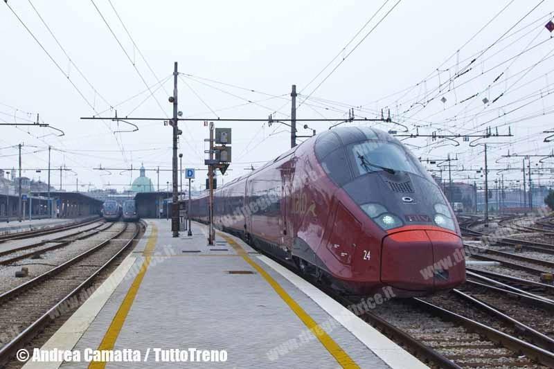 NTV-AGV575_024-ItaloNCLS16421VeneziaPianoro-CorsaProvaConoscenzaLinea-VeneziaSL-2012-09-12-CamattaA-JJEP8222-wwwduegieditriceit-WEB
