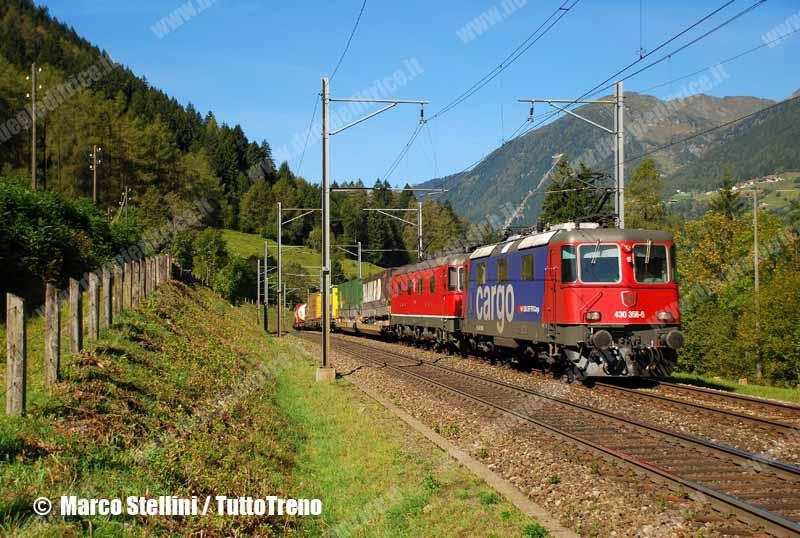 SBB-Re430_356-LineaGottardo-Quinto-2010-09-21-StelliniMarco-wwwduegieditriceit-WEB
