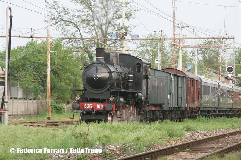 625_100-20anniTrenoblu-Palazzolo-2013-05-01-FerrariFederico-Immagine-105