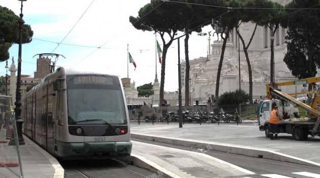 Roma: preesercizio linea 8 su Piazza Venezia