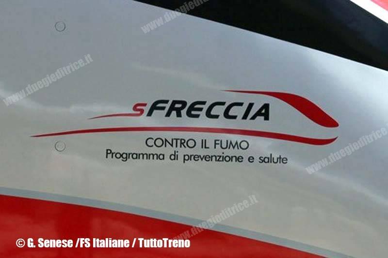 FSItaliane-SfrecciaControIlFumo-LogoSuETR500-RomaTermini-Roma-2013-05-27-SeneseG-FSItaliane-wwwduegieditriceit-WEB