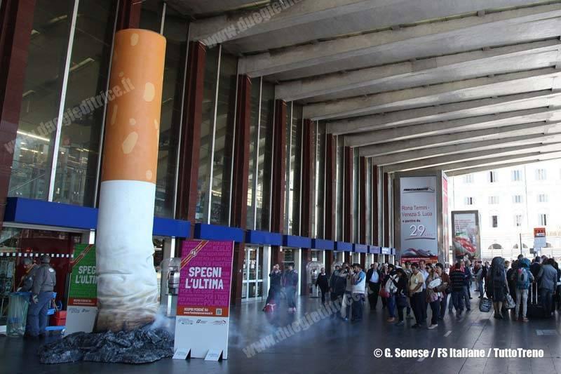 FSItaliane-SfrecciaControIlFumo-SigarettaGigante-RomaTermini-Roma-2013-05-27-SeneseG-FSItaliane-wwwduegieditriceit-WEB