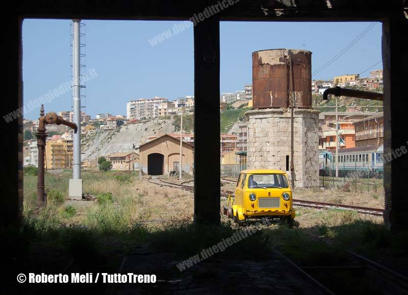 RFI-FIAT500_181-StazionePortoEmpedocle-2013-04-29-RobertoMeli-DSC_0076-wwwduegieditrice