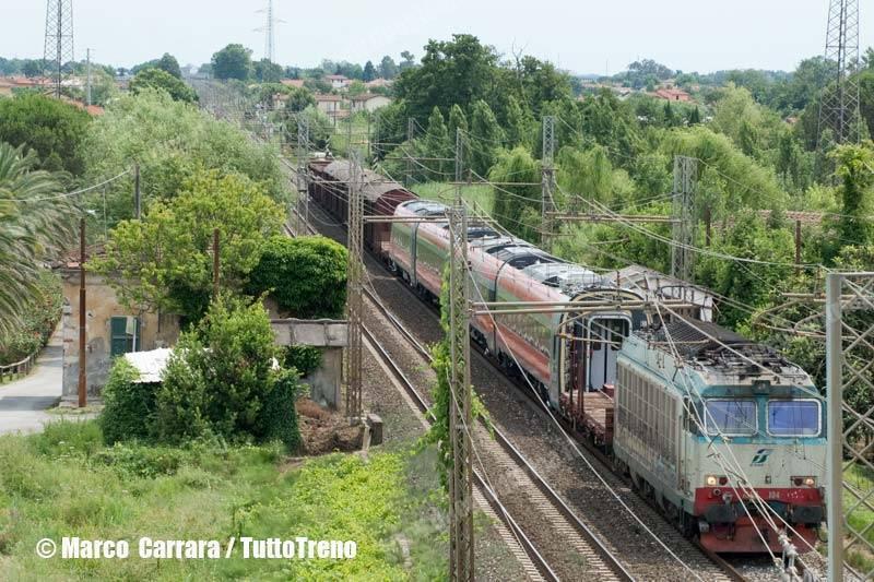 E652_104-Frecciarossa1000-invio-Pt-Vado-L-ZI-Camaiore(LU)-2013-06-27-CarraraMarco-wwwduegieditriceit-WEB-copia