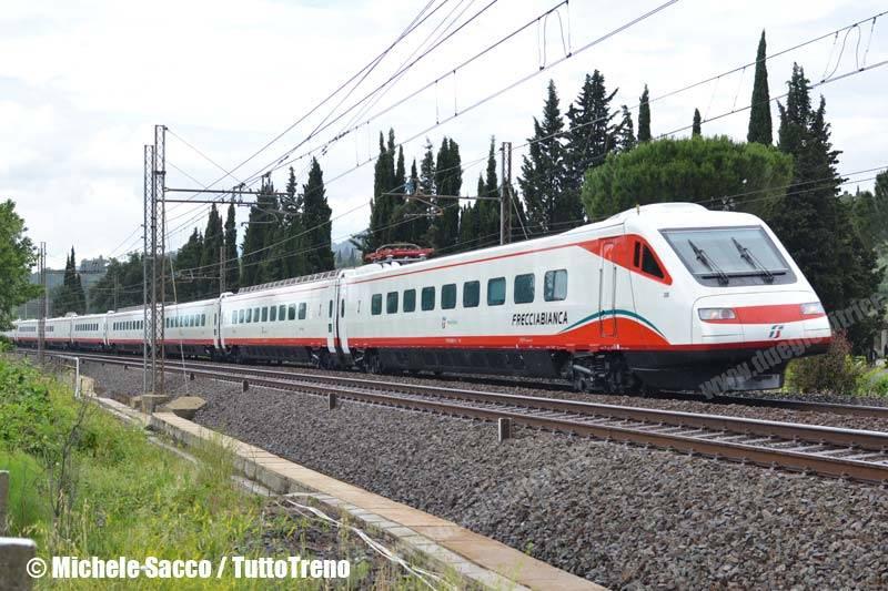 ETR460_30-LivreaFrecciabianca-Firenze-2013-06-10-SaccoMichele-wwwduegieditriceit