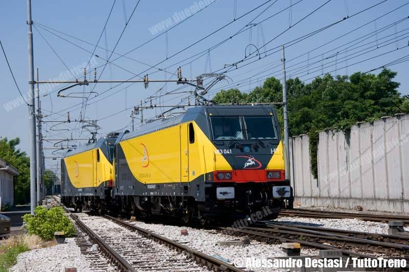 Ferrotramviaria-E483_040+E483_041FT-MilanoSmistamento-2013-06-30-DestasiAlessandro-2-wwwduegieditriceit-WEB