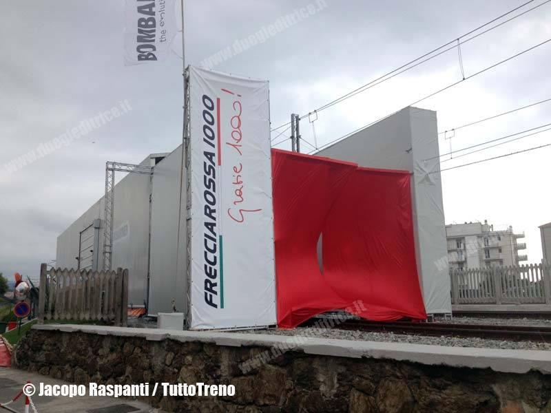 Frecciarossa1000-Presentazione-VadoLigure-2013-07-03-RaspantiJacopo-wwwduegieditriceit-WEB