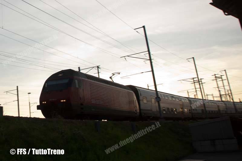 SBB-FFS-RE460-20101118GVA-0344-fotoSBB-wwwduegieditriceit-WEB