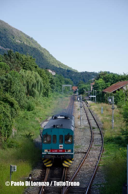 ALn663_1201-R4844_Novara_VaralloSesia-Linea_Novara_Varallo-in_partenza_da-Borgosesia-2013-08-28-DiLorenzoP-DSC_9438-wwwduegieditriceit-WEB