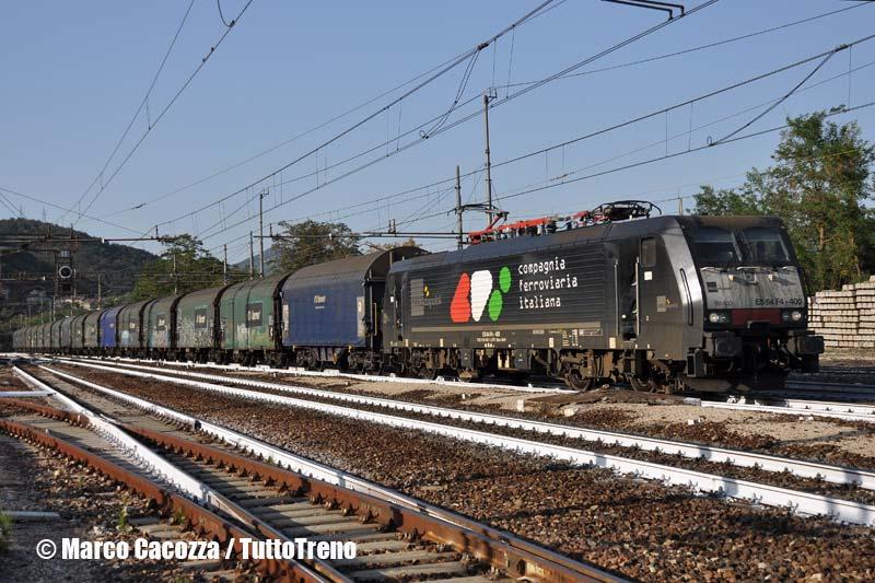 CFI-E189_400-treno61389-Grizzana-2013-08-05-MarcoCacozza-wwwduegieditriceit-WEB