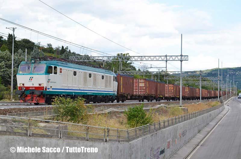 E652_071-TrenoDeiRifiutiMarcianiseAustria-Firenze-2013-08-29-SaccoMichele-wwwduegieditriceit-WEB