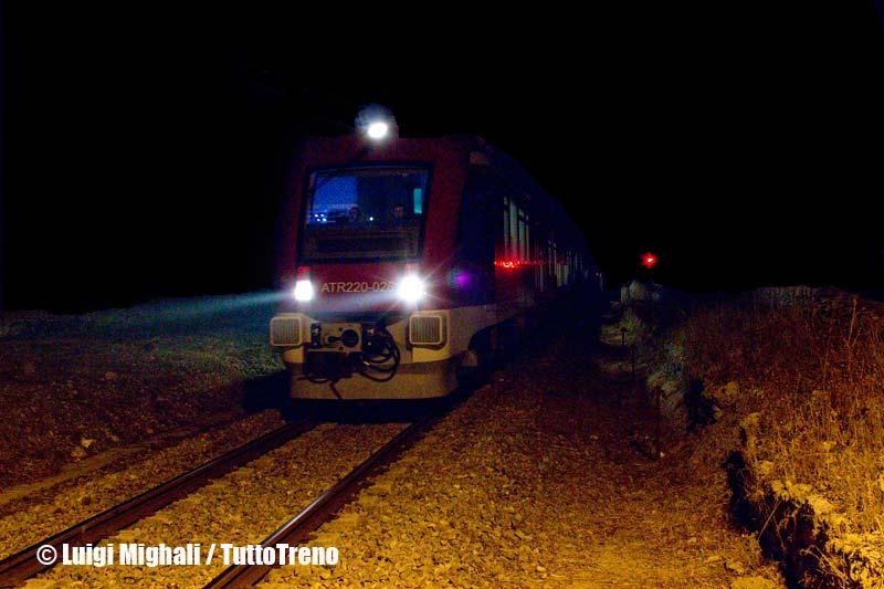 FSE-ATR220.026+ATR220.004-ArrivoMelpignano(Le)-NotteTaranta2013-2013-08-24-MighaliL-wwwduegieditriceit-WEB