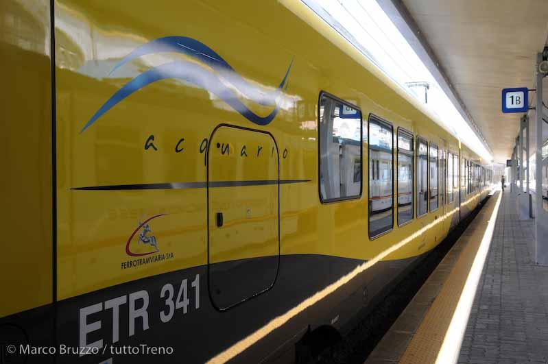 FT_ETR341_02_trenoInauguraleVarianteAeroporto_StazioneFTBariNord_Bari_2013_07_16_BruzzoMarco_17_wwwduegieditriceit