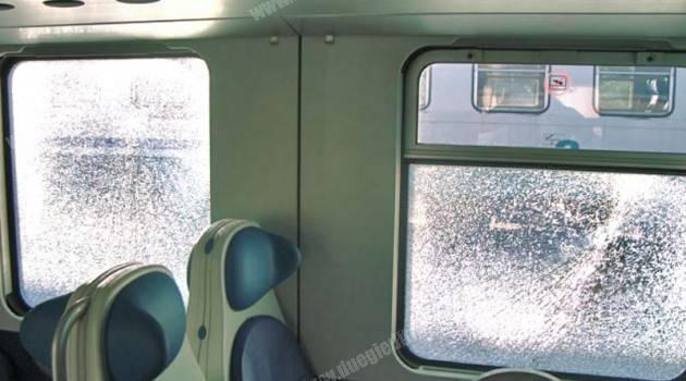 Genova: ancora vandali su un regionale Trenitalia
