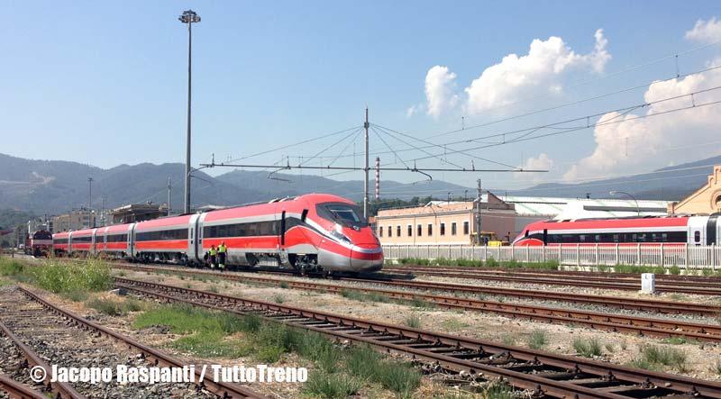 ETR400_01-PietroMennea-Frecciarossa100-prove-VadoLigure-2013-09-05-JacopoRaspanti-wwwduegieditriceit-WEB-2