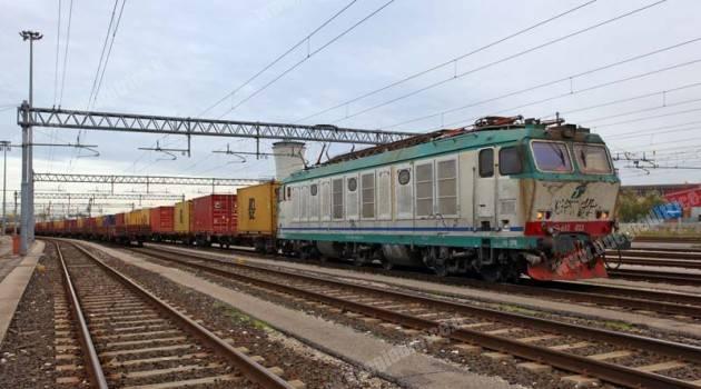 Lo zucchero viaggia in treno con Trenitalia