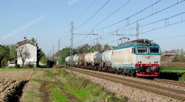 Lavori sulla Genova-La Spezia, treni deviati sulla Alessandria-Piacenza