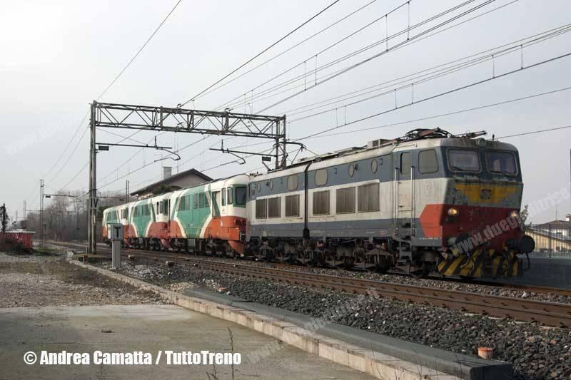 E655_079+D361_002ER+D361_003ER+D361_001ER-treno65718FerraraVillaOpicina-Treviso-2014-01-29-CamattaA-JJEP9426-wwwduegieditriceit-WEB