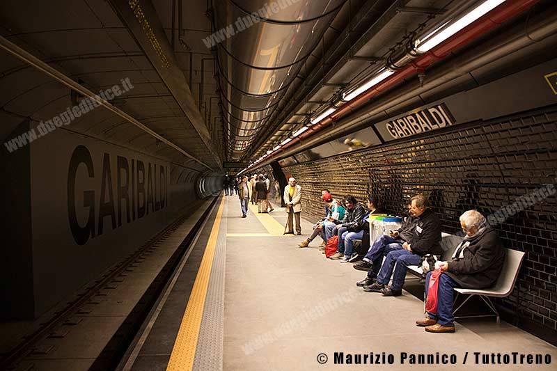MN-AperturaServizioGaribaldiLinea1-Napoli-2013-12-31-MaurizioPannico0003