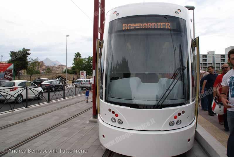 AMAT_Tram10_inaugurazione_Palermo_2014_07_14_BernasconiAndrea_DS