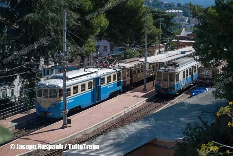 FGC-A5+A1+A10-InSosta-GenovaPiazzaManin-2010-9-3-JacopoRaspanti-wwwduegieditriceit-WEB