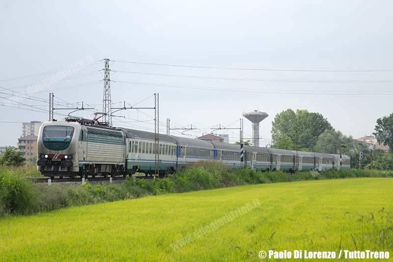 E403_014-IC35918_Salerno_TorinoPN-Linea_Arona_Alessandria-Mortara-2014-08-22-DiLorenzoP-DSC_9684
