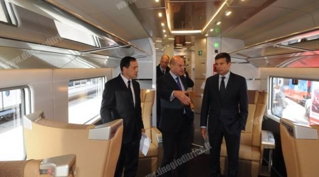 Il ministro Maurizio Lupi visita il Frecciarossa 1000