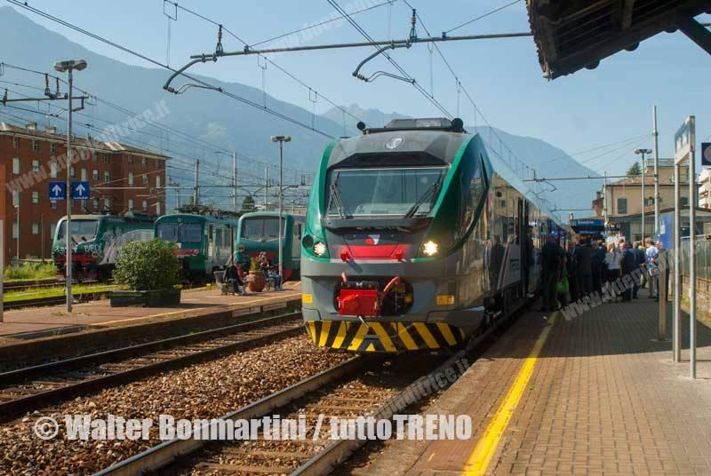 Trenord-ETR425_058-TrenoinauguraleCORADIAperlaValtellinainentrata-Sondrio-2014-09-29-BonmartiniW-wwwduegieditriceit-WEB