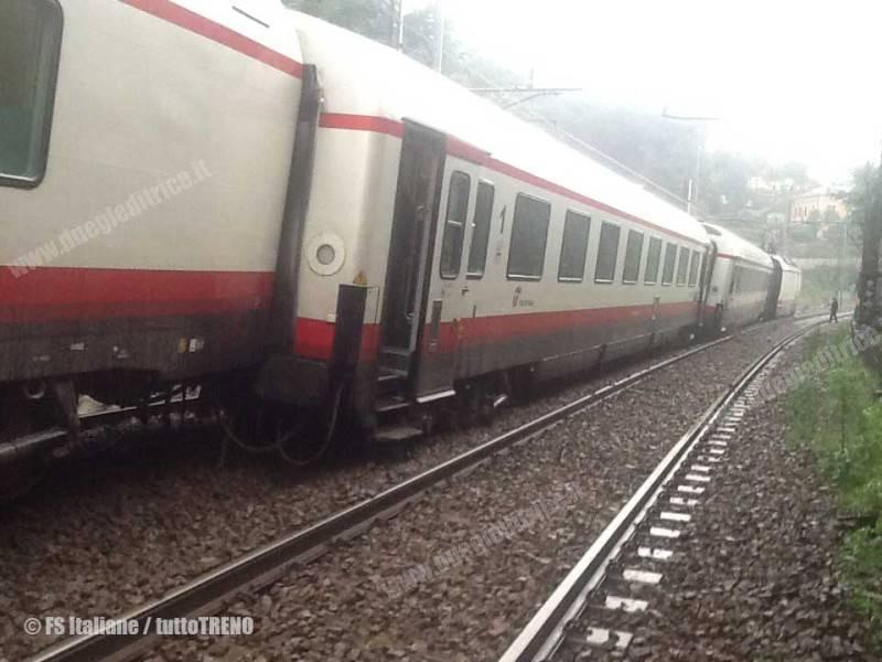 Frecciabianca9764RomaTorino-sviato-BivioFegino-Genova-2014-10-10-FSItaliane-wwwduegieditriceit-WEB