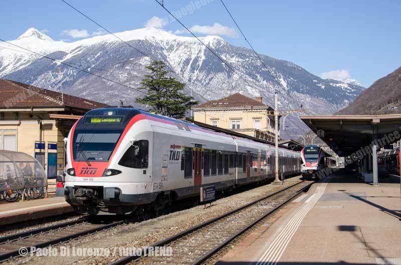 SBB-TILO-ETR524_102-S20_Locarno_Castione_in_arrivo-Bellinzona-2014-03-02-DiLorenzoP-DSC_4476-wwwduegieditriceit-WEB