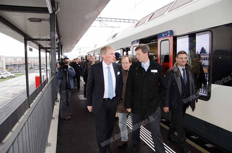 SBB_TILO_Inaugurazione_linea_ferroviaria_FMV_Mendrisio_Stabio_viaggio_inaugurale_in_arrivo_a_Stabio_2014_11_26_DiLorenzoP_DLP_0971_wwwduegieditriceit