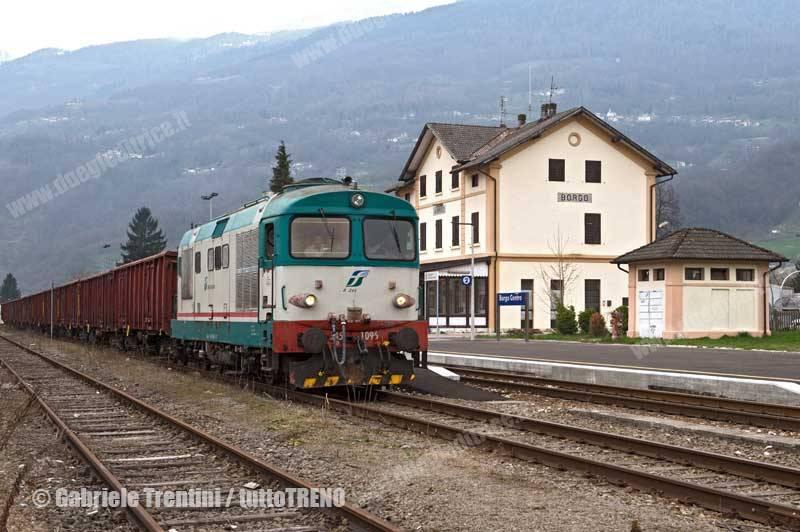 D345_1096-Merci_con_carro_Eaos_2015-03-24-BorgoCentro-BorgoValsugana-TrentiniGabriele_tuttoTRENO_wwwduegieditriceit