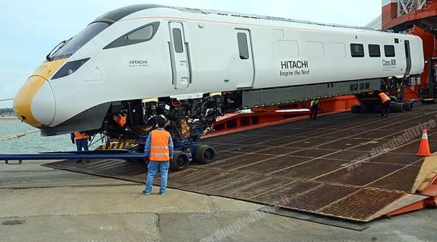 Arrivato in Gran Bretagna il primo treno Hitachi
