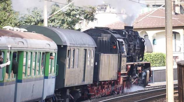TILO, al mercato di Luino con il treno storico