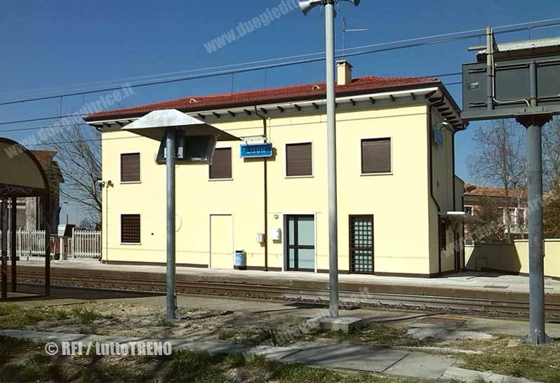 RFIFermataLison-Portogruaro-2015-03-10-fotoRFI-tuttoTRENO-wwwduegieditriceit