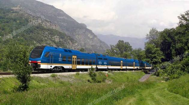 FLIRT Stadler bimodali per la Val d'Aosta