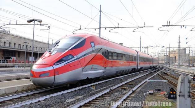 FS Italiane, finanziamento di 300 milioni per nuovi treni