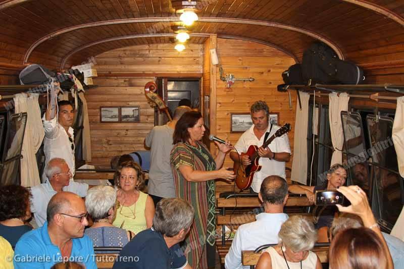 FSE_AISAF-treno_storico_Un_Treno_chiamato_Jazz-2015-09-19-Lepore_Gabriele-IMG_5315_tuttoTRENO_wwwduegieditriceit