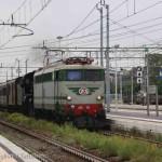 E646_158-640_143-treno29172MilanoCentraleVarallo-Novara-2015-06-14-CastiglioniFranco-DSCN0604