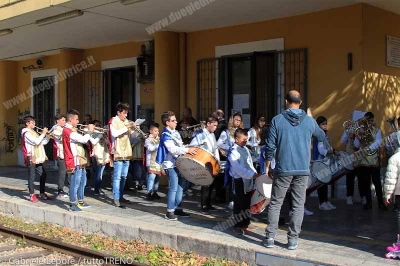 FSE_cerimonia_commemorazione_disastro_Triggiano_2015_11_07_Lepore_Gabriele_IMG_6191-tuttoTRENO-wwwduegieditriceit