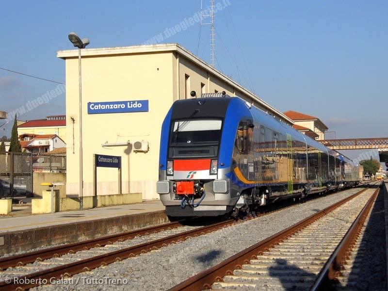 ATR220_026_e_030-Inaugurazione_DPR_Calabria-CatanzaroLido-2015-1
