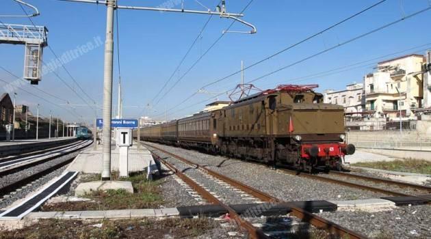 Treno storico a Pietrarsa
