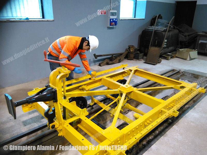 FondazioneFS-TrenitaliaCargo-restauroRotabiliScartamentoRidotto-Castelvetrano-2016-02-11-AlamiaGiampiero-FondazioneFS_tuttoTRENO_wwwduegieditriceit-b