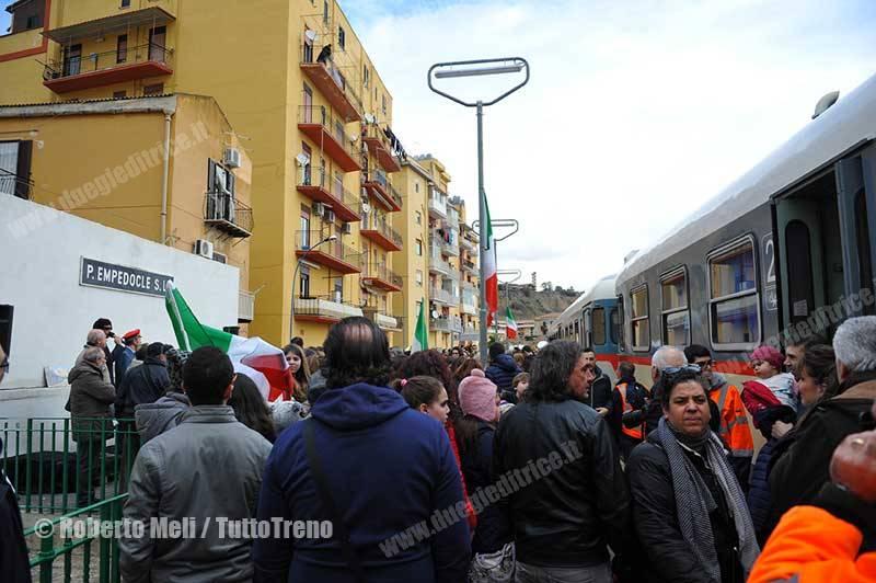 ALn668-trenoinauguralePortoEmpedocleSuccursale-PortoEmpedocle-2016-02-12-MeliRoberto_tuttoTRENO_wwwduegieditriceit-9