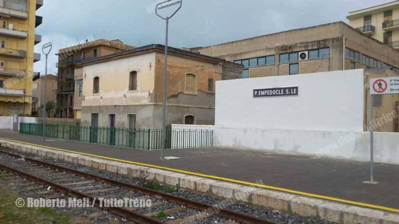 ALn668-trenoinauguralePortoEmpedocleSuccursale-PortoEmpedocle-2016-03-12-MeliRoberto_tuttoTRENO_wwwduegieditriceit-WA0007