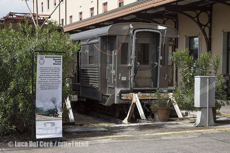 MostraTreniStorici-AssociazioneVenetaTreniStorici-VeronaPortaNuova-2016-04-24-DalCereLuca-IMG_0065-Recuperato_tuttoTRENO_wwwduegieditriceit