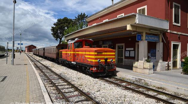 Treno storico FAL tra Bari e Altamura